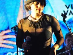 Aylin Cadir si trupa The Lucky Charms au cantat live la petrecerea Marie Claire