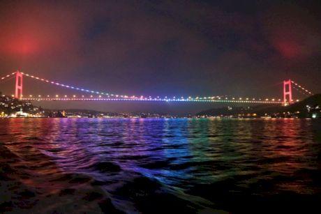 Nopti in Istanbul