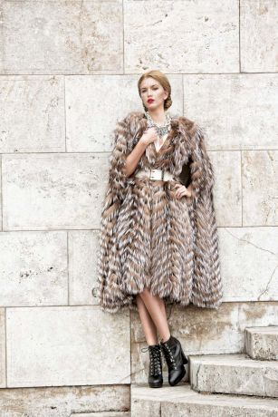 Furs and the city by Paisi