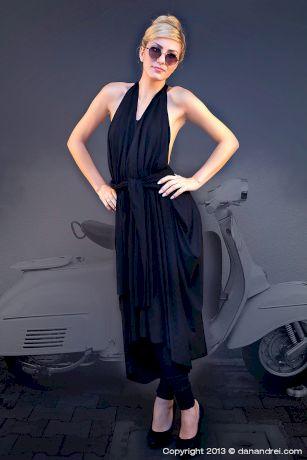 Mihaela Cretescu si rochia cu 10 fete