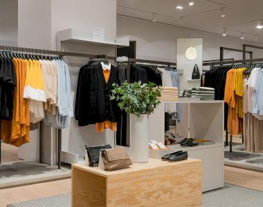 Un nou magazin COS în București